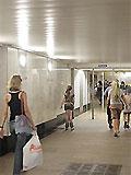"""Станция метро """"Парк Победы"""" вход в подземный вестибюль станции из подуличного перехода."""