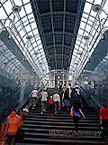 """Станция метро """"Славянский бульвар"""" восточный вестибюль, выход в город и вход пассажиров в подземный вестибюль ."""